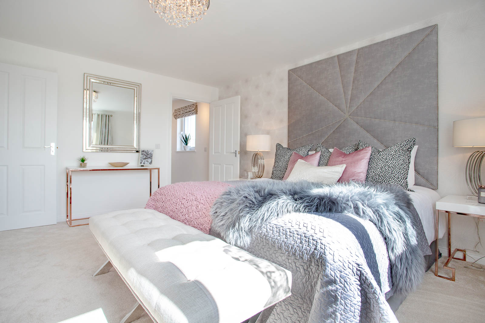 photography - TWES_Kingseat_TheMaxwell_MasterBedroom