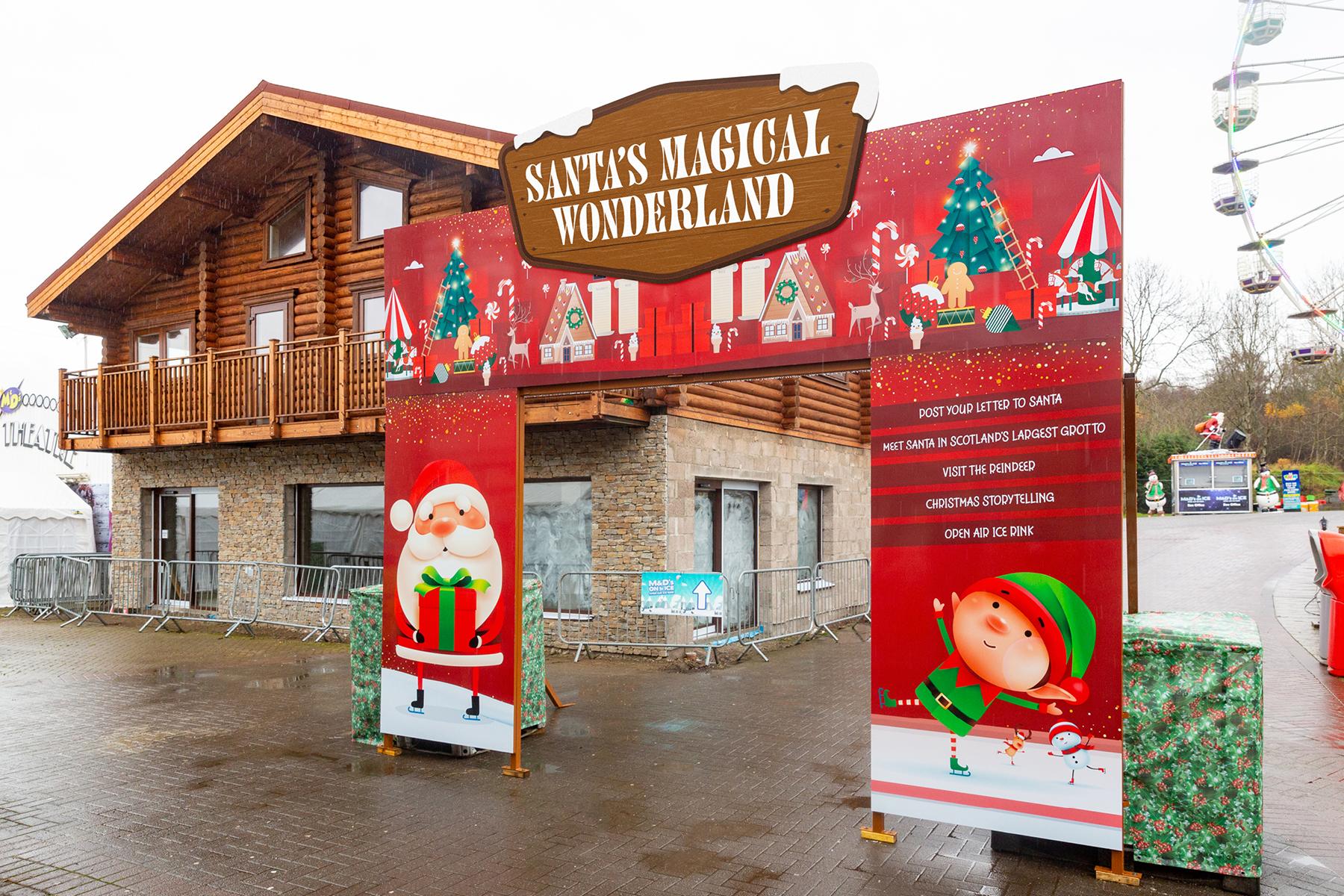 Santa's-Wonderland-Entrance-Arch